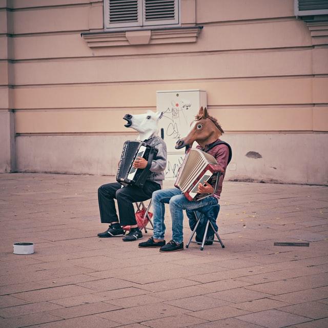 "Photo by <a href=""https://unsplash.com/@dominik_photography?utm_source=unsplash&utm_medium=referral&utm_content=creditCopyText"">Dominik Vanyi</a> on <a href=""https://unsplash.com/s/photos/funny?utm_source=unsplash&utm_medium=referral&utm_content=creditCopyText"">Unsplash</a>"